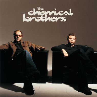 The Chemical Brothers is a British electronic music duo made up of Ed Simons (London, 1970) and Tom Rowlands (Kingston upon Thames, 1971).